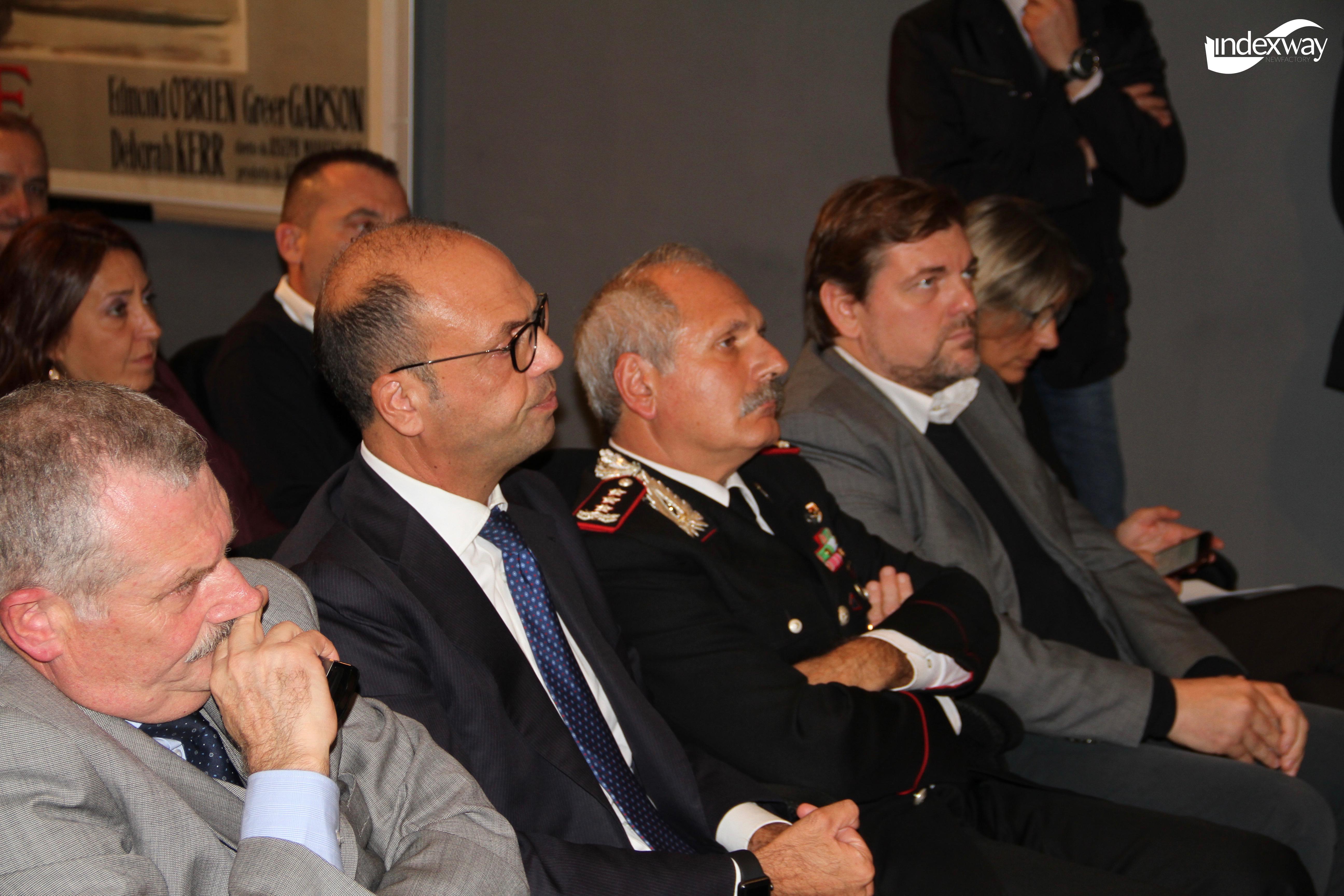 Romano Radici, un eroe semplice di Ambrogio Crespi con Angelino Alfano